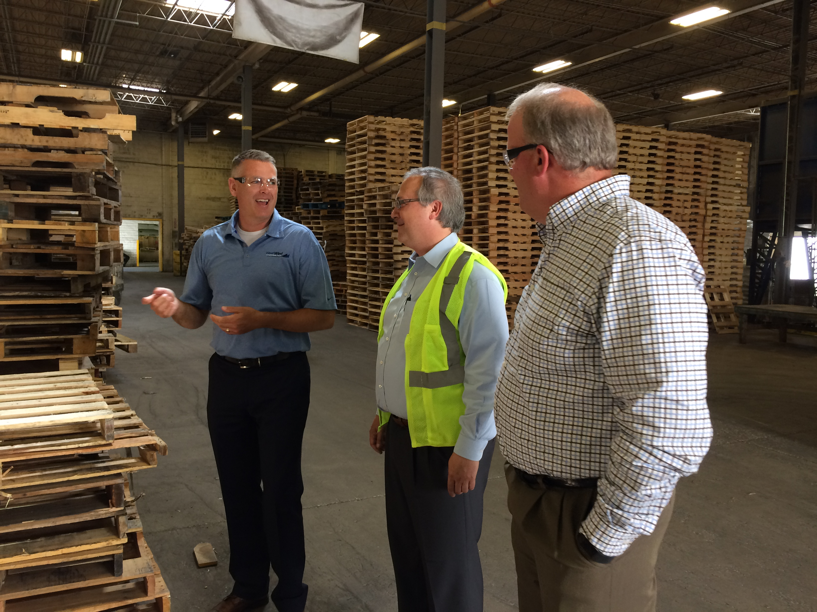 NWPCA Chairman Shane Thompson hosts Congressional Mill Tour with